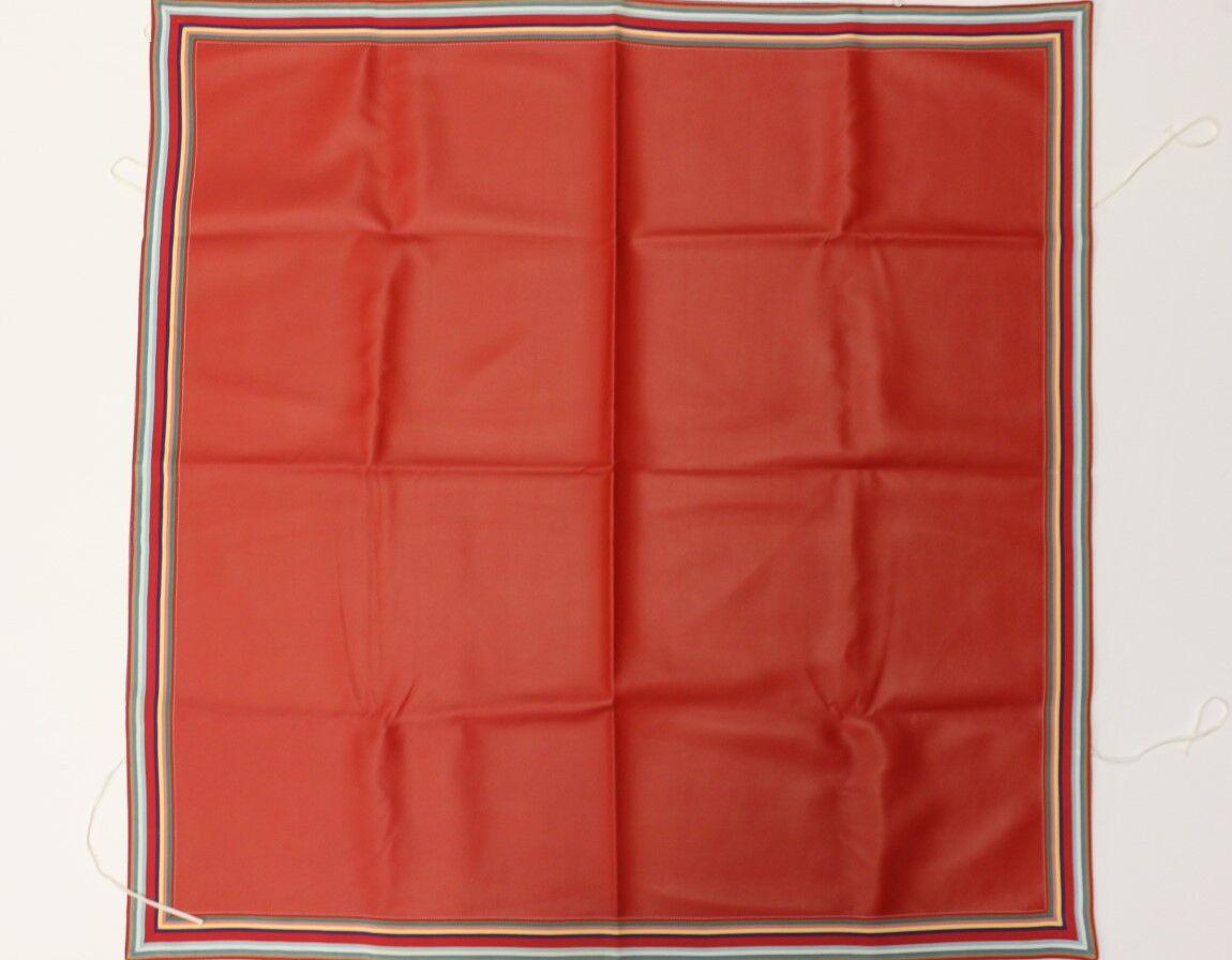 Paire de  jeu de voiturete Rouge Vinyle Table Cover avec MultiCouleure Gros-grain bordure  pas cher en haute qualité