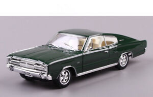 1-18-1966-DODGE-CHARGER-Road-Signature-Diecast-Model-Car-Toys-Boys-Gifts-Green