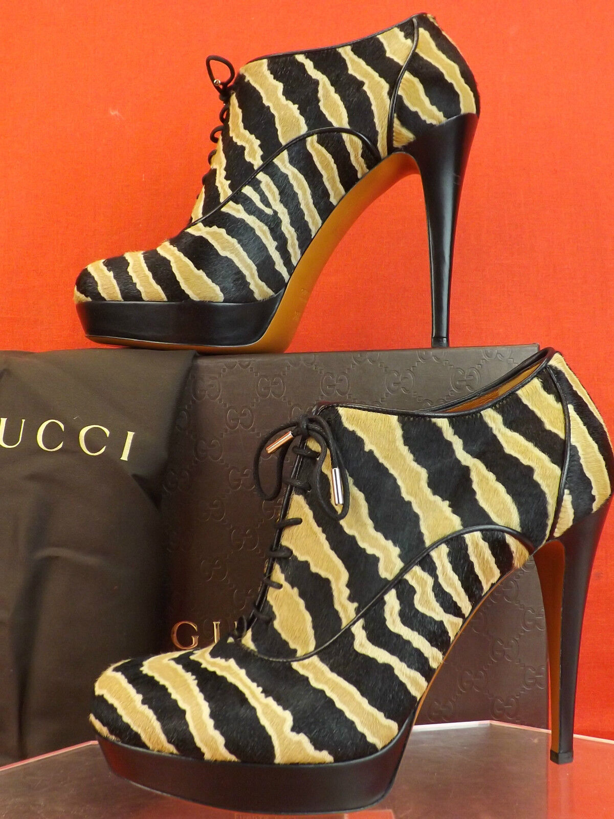 NIB GUCCI BETTY BLACK CARAMEL ZEBRA PRINT HAIR LACE UP PLATFORM ANKLE BOOTS 38.5
