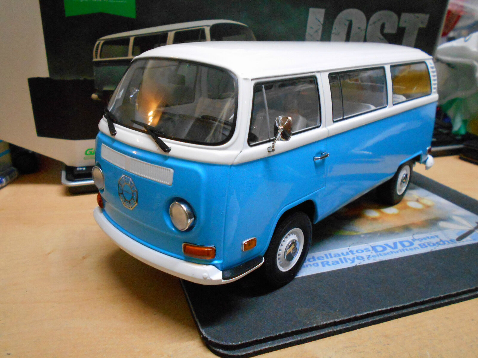VW Volkswagen Bulli T2 b T2B TV Movie Filmauto   Lost   blue Greenlight N 18