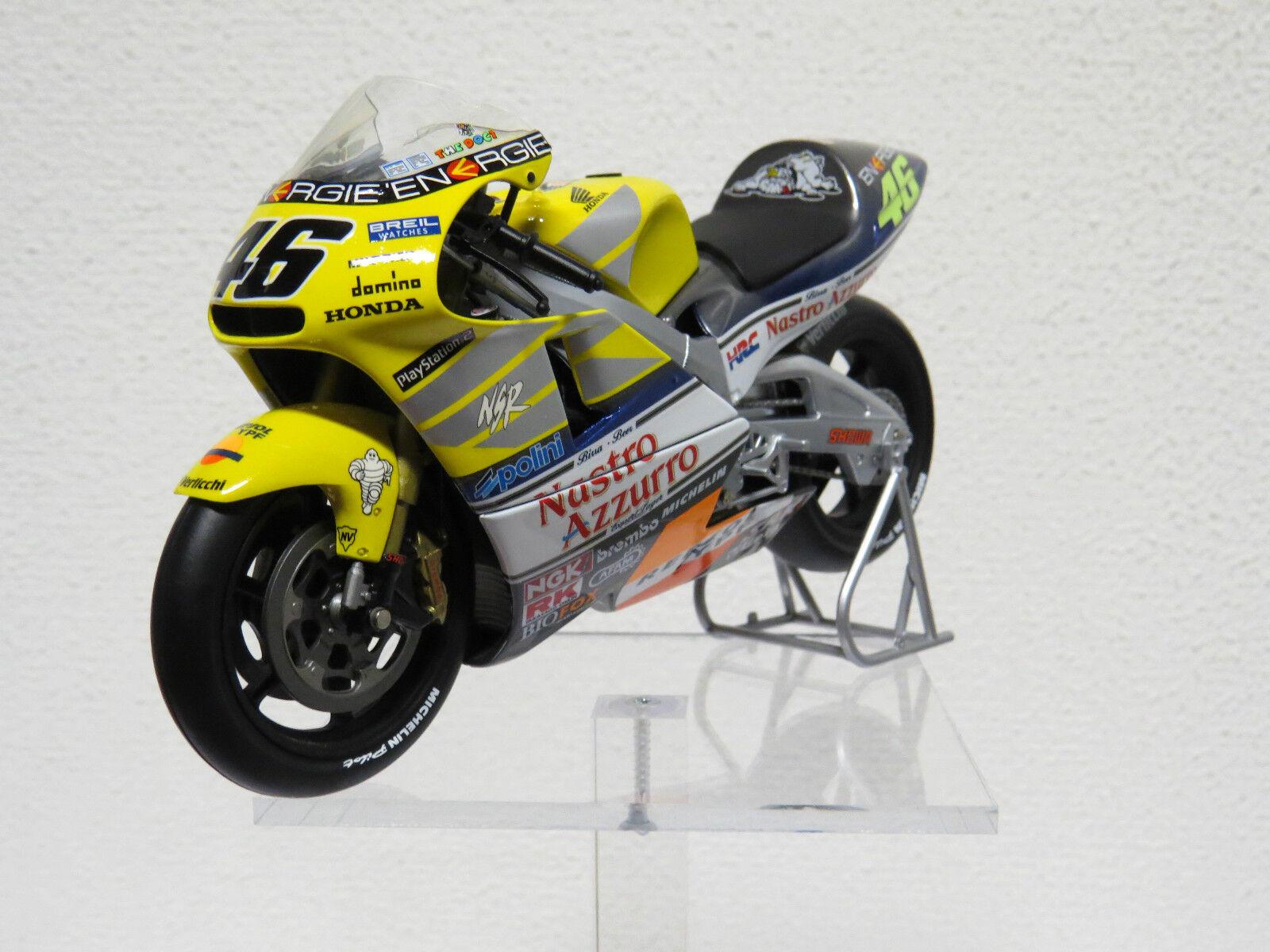 Honda NSR  500cc GP 2001 Valentino Rossi 46 1 12  Minichamps Nr. 122 016146