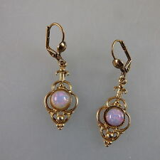 Paar Ohrringe mit je Opal im Stil der Gründerzeit (41147)