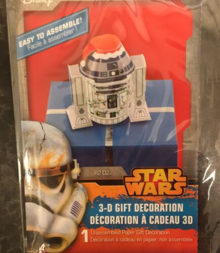 Star Wars R2-D2 Robot 3-D Gift Decoration with Santa Cap /& Christmas Lights New