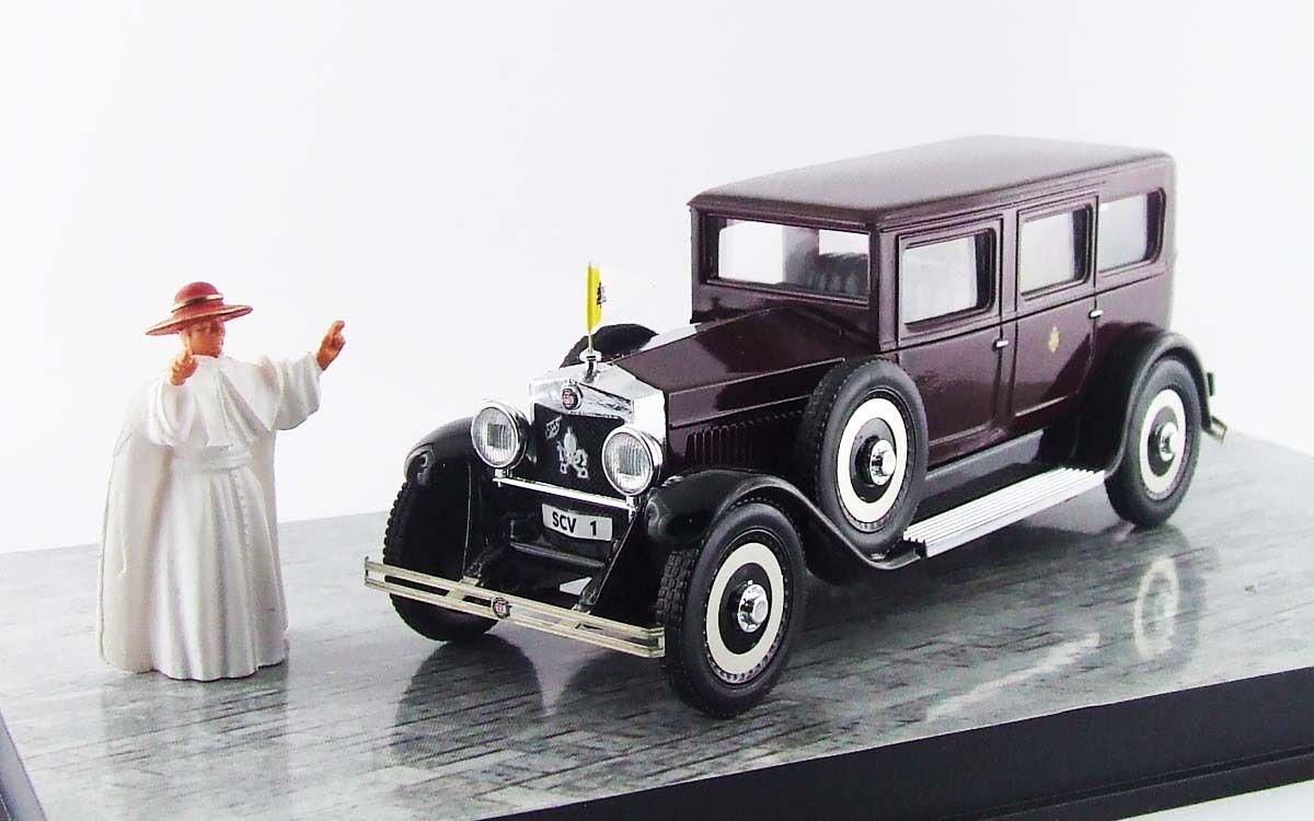 Fiat 525 Papa Pius XI Staff Car with Daddy Figure 1 43 Model rio4480p Rio