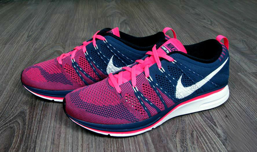 Nike Flyknit Trainer + Squadron Blue Pink Flash 532984 416 racer MC multi