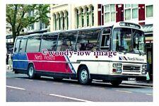 gw0688 - North Western Coach , reg MRJ 272W - photograph