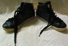 e7e75ad53ea3 Boys girls Nike Tanjun Black and Gold Athletic Shoes- Size 5y 818382 ...