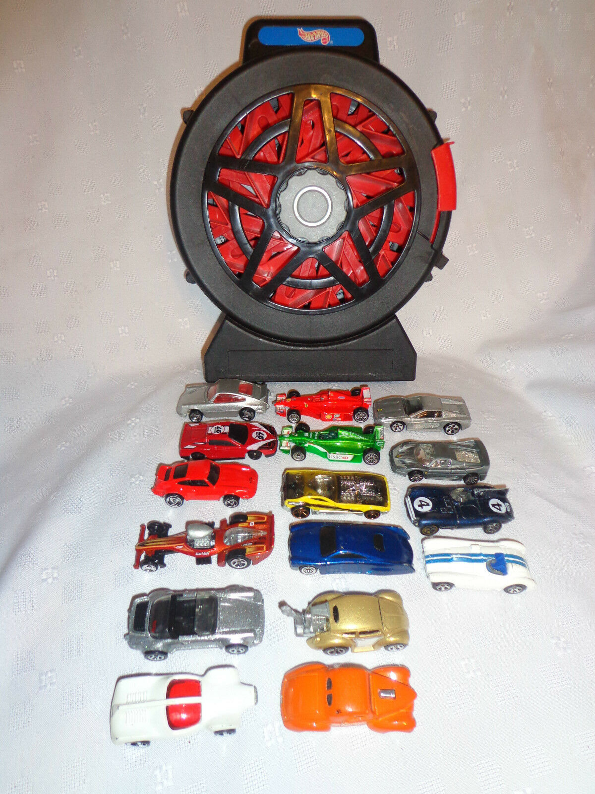 11  Hotwheels 16 Vehicle Winding Wheel Wheel Wheel Car Carrier Case with 16 Cars 708823