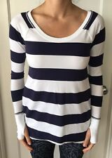 Lululemon Size 4 Tea Lounge Pullover Long Sleeve LS Shirt Blue White Stripe EUC