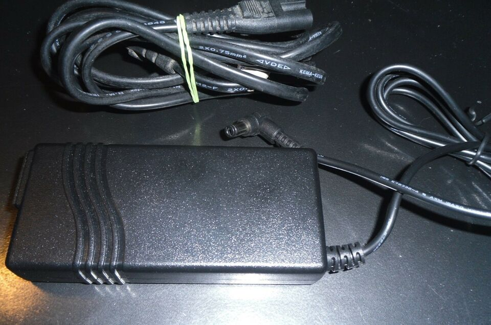 Strømforsyning, AED36US12, God