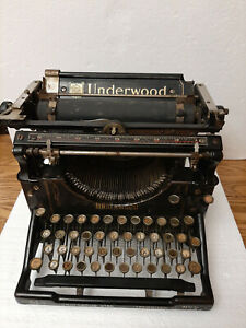 Antique UNDERWOOD #5 TYPEWRITER SERIAL 1297646  COLLECTABLE
