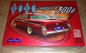 Moebius-1956-Chrysler-300B-1-25-plastic-model-car-kit-new-1207