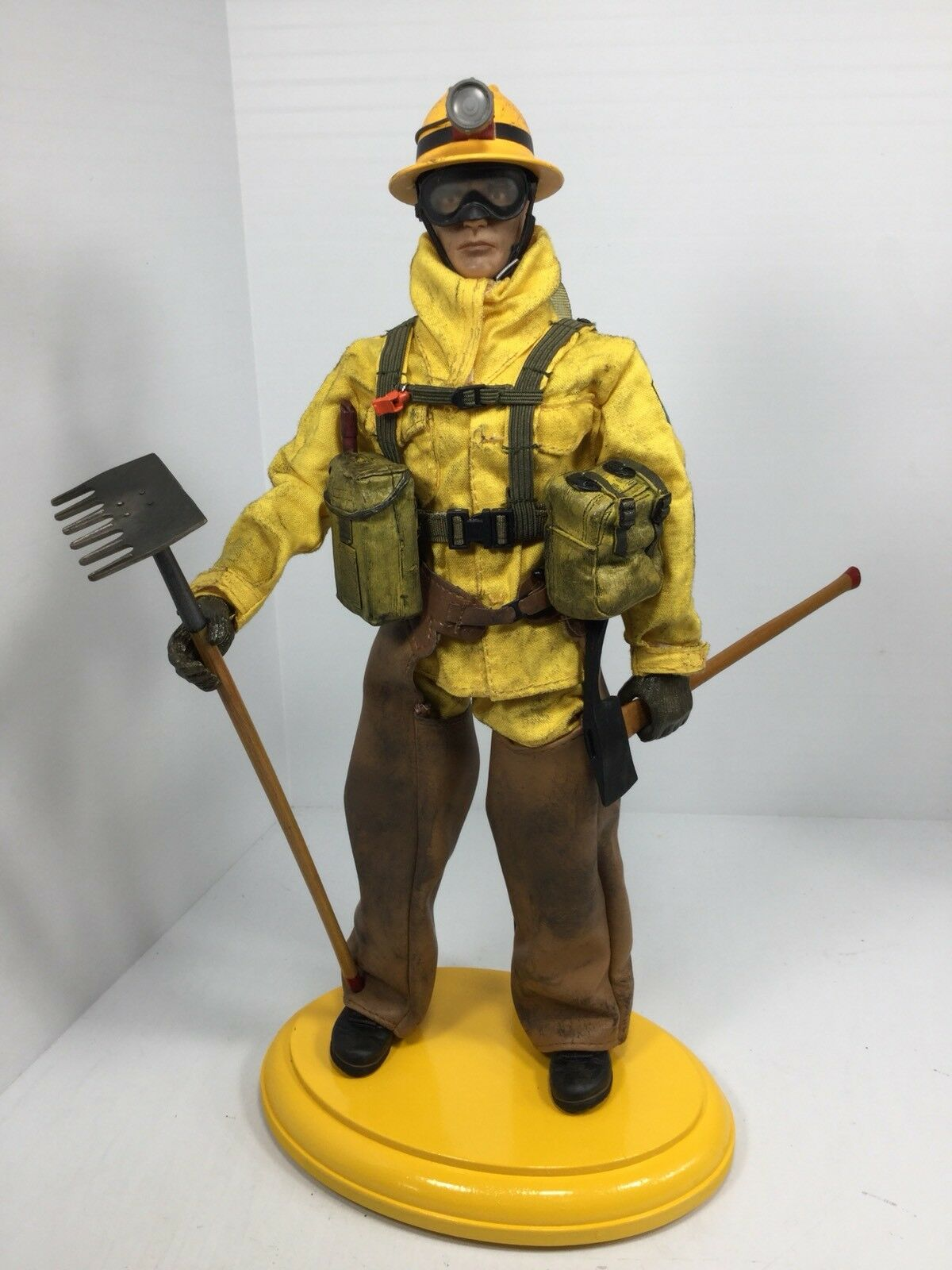 1 6 21ST CENTURY US FOREST SERVICE HOT SHOTTER  FIREFIGHTER DRAGON DID BBI 21
