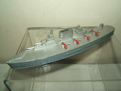 CHAD VALLEY MODEL OF A  USA AIRCRAFT CARRIER    LEXINGTON   SARATOGA  c20