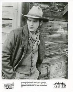 SCOTT BAIRSTOW HUNKY PORTRAIT LONESOME DOVE SERIES ORIGINAL 1995 TV PRESS PHOTO