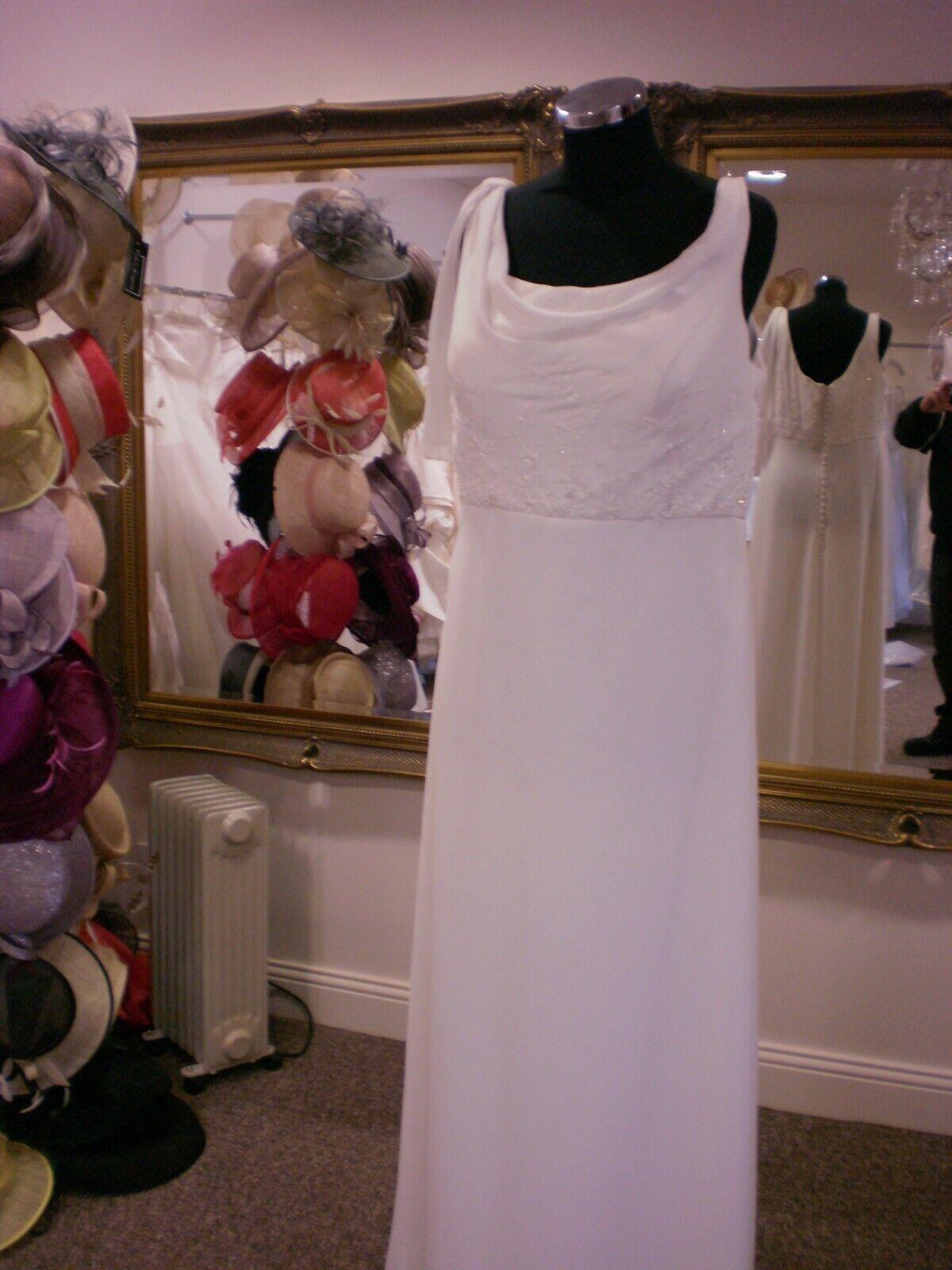 Wedding Dress by Venus :size UK 16