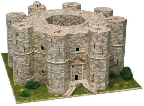 Castel Del Monte  Andria, Italy Sec. XII  9300 pcs Model Kit 1:150 AEDES ARS