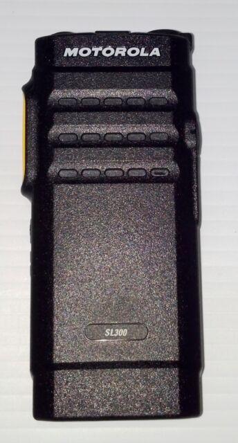 Motorola MotoTRBO SL300 VHF 99 CH w/Active Display