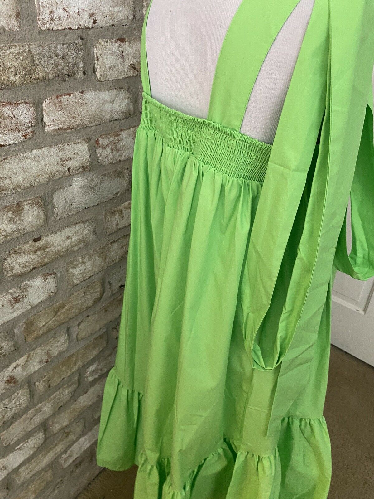 Gorgeous Green Christopher John Rogers Dress In A… - image 6
