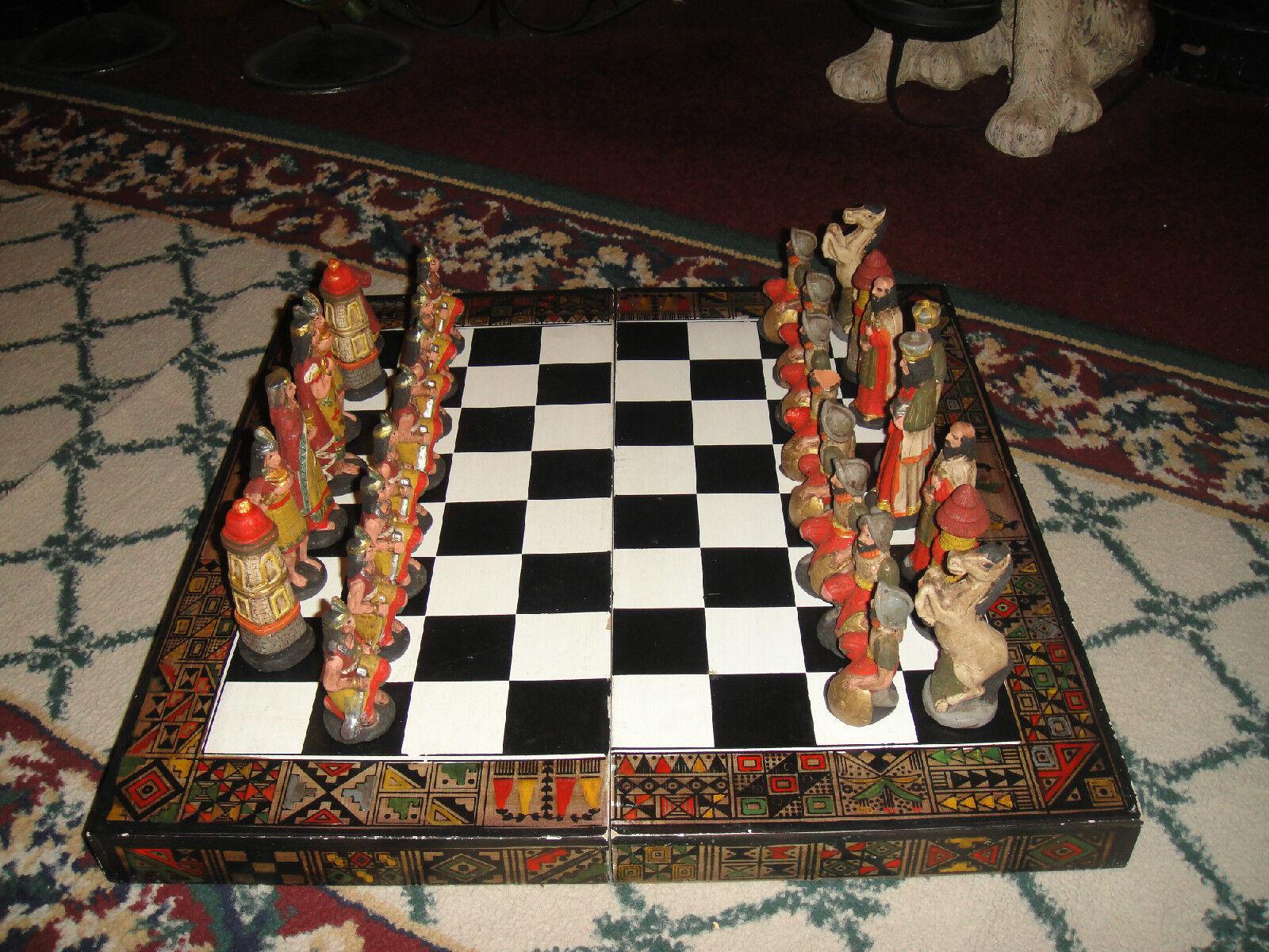 Vintage cruzadas Ajedrez set-christians & muslims-wood board-chalkware Pottery