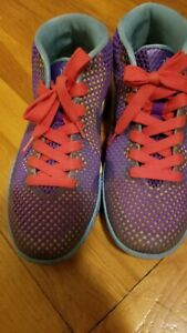 best sneakers 9f81e d9fad Image is loading Nike-Kyrie-1-GS-Saturdays-Girls-Basketball-Shoes-