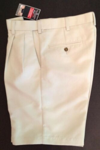 "Men's Roundtree Yorke Khaki Shorts 32""x9"" Classic Fit Pleated Expander New Tags"