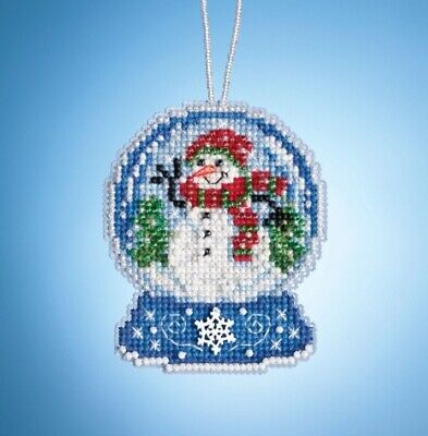 SAPPHIRE SNOW MILL HILL Counted Cross Stitch ORNAMENT Kit MH16-1302