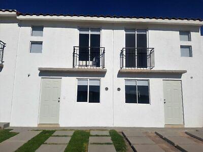 Casa nueva TIPO RESIDENCIAL en privada 3 recámaras con alberca cerca de SONTERR