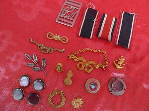 Konvolut-militarischer-Kleinteile-alt-Uniformteile-Abzeichen