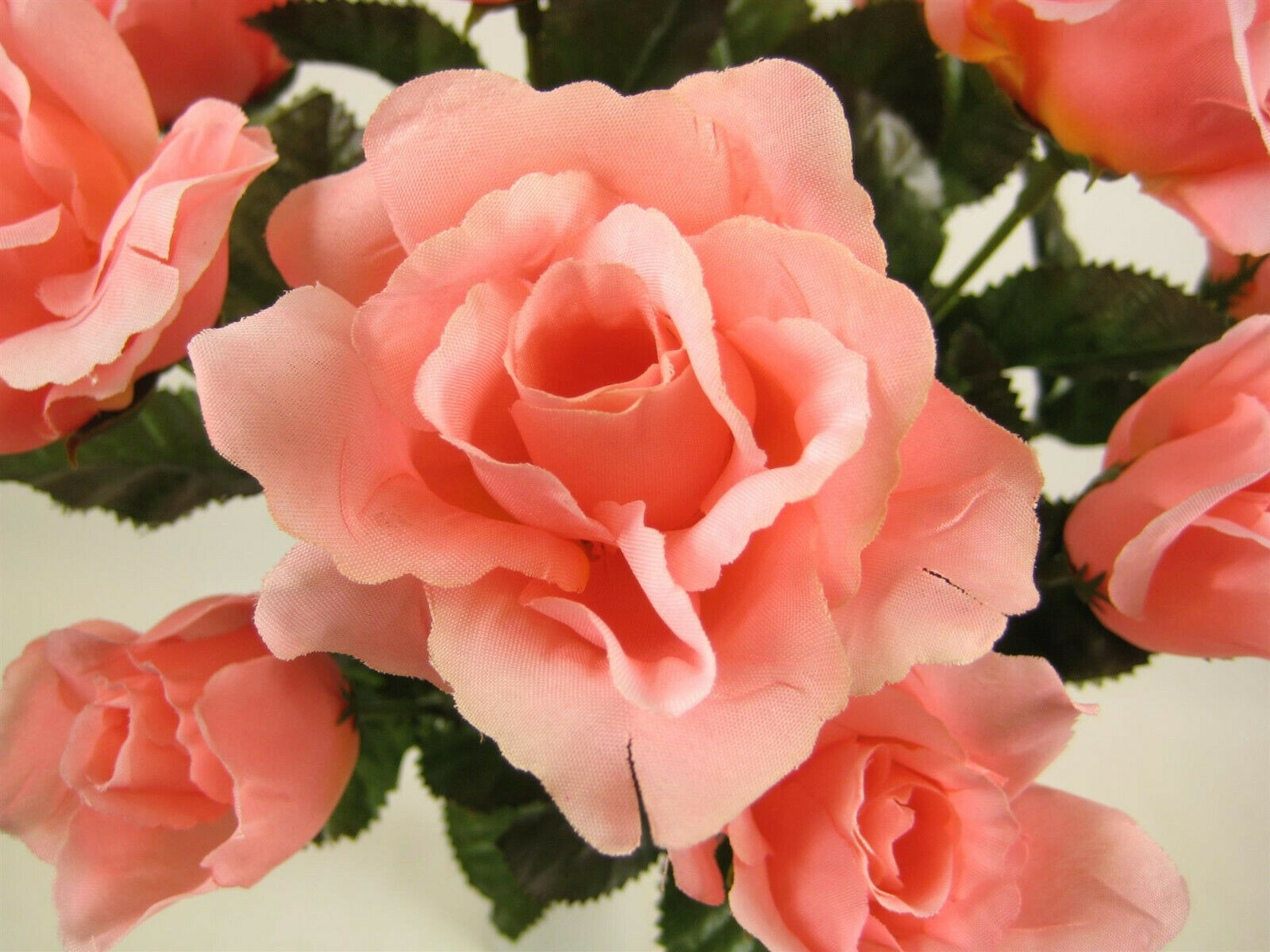 Wholesale 72x Artificial Flowers Open Open Open Rosa Bush with Buds (864 heads in total) 3ed4f8