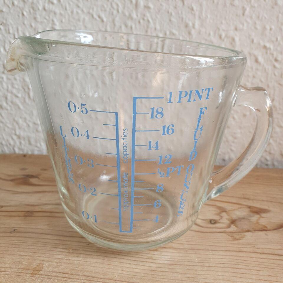 Glas, Ældre engelsk glaskande med mål