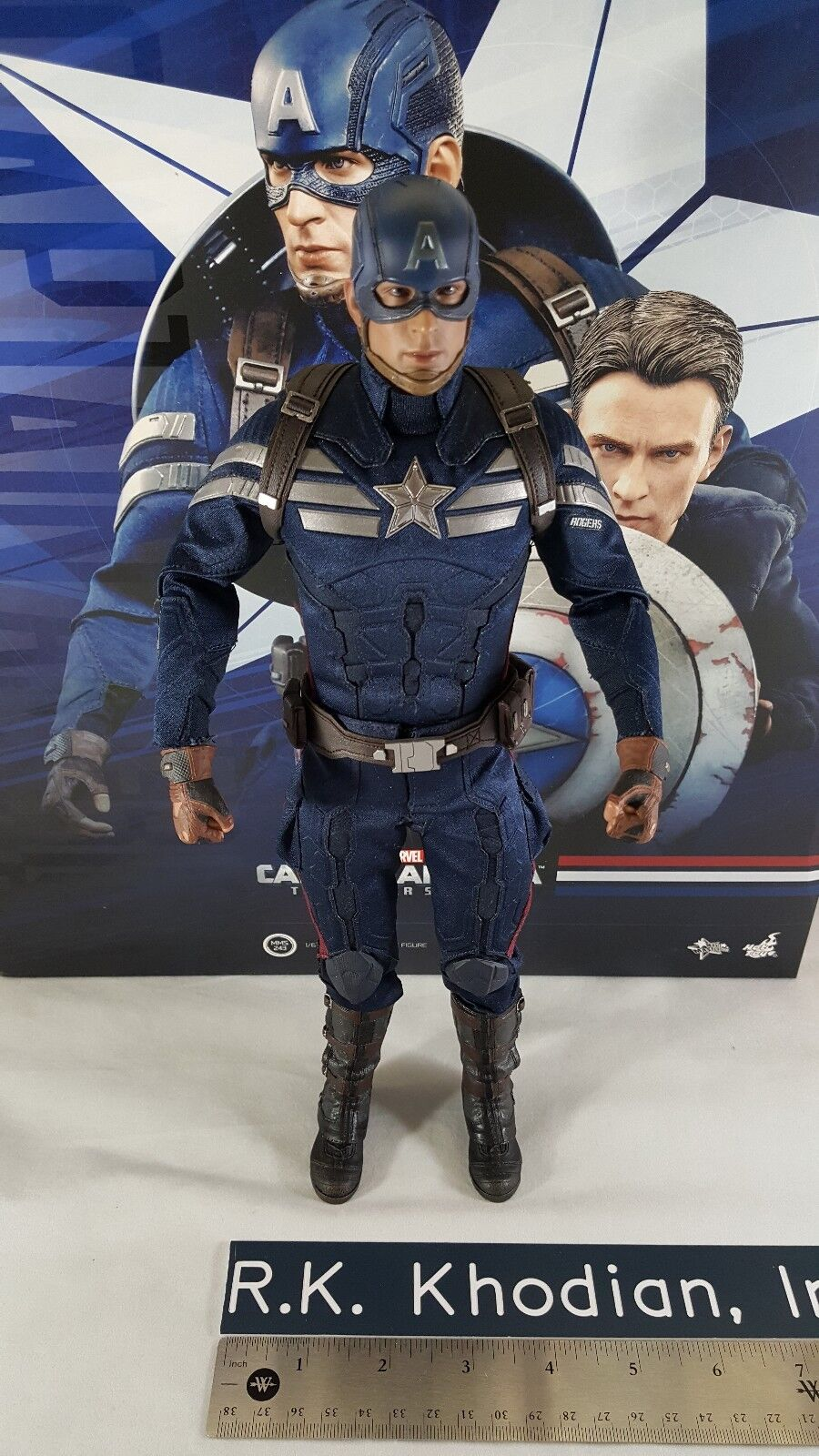 Hot Toys MMS243 Marvel Captain America Winter Soldier's loose action figure seulement