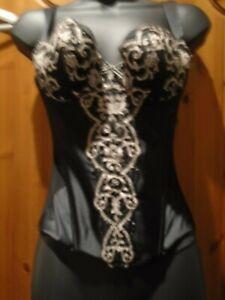 Corset size 36b black and gold  Boned