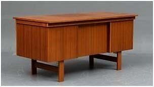 Skrivebord, Dansk Snedkermester, b: 150 d: 71 h: 73
