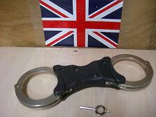 EX POLICE HIATTS SPEEDCUFFS RIGID HANDCUFFS SPEEDCUFF GRADE 1 WITH KEY