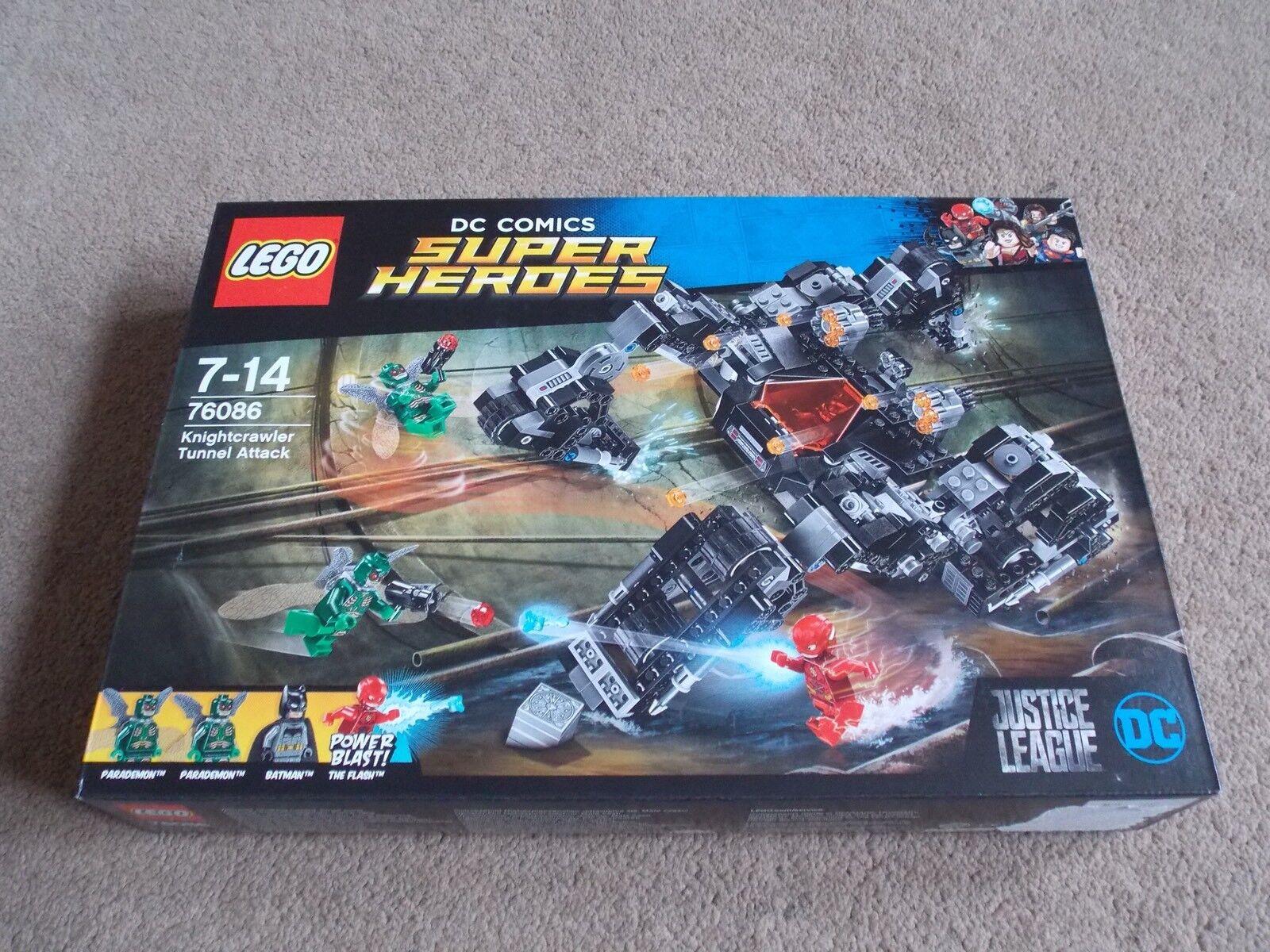 LEGO - SUPER HEROES ( SET 76086 - KNIGHTCRAWLER ) BRAND NEW