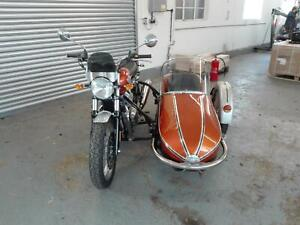 Royal-Enfield-Interceptor-650-with-Watsonian-Grand-Prix-Sidecar-outfit-NEW