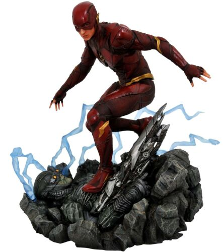 Justice League DC Gallery The Flash 9-Inch PVC Figure Statue Movie Version