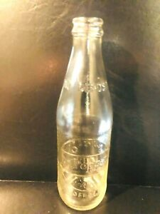Bottles 4 dr pepper 2 old 10 Vintage Dr