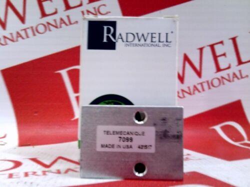 SCHNEIDER ELECTRIC 7099 NEW IN BOX 7099