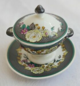 Soupiere-legumier-miniature-en-porcelaine-Spode-Angleterre-XIXe-H-6-5-cm