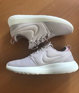 1443f319ffbb NEW Nike Women Roshe Two Size 8.5 Silt Red-Red Stardust 844931-603 ...
