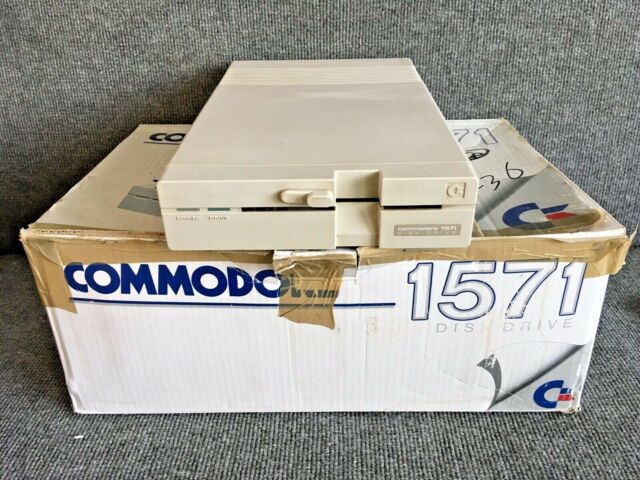 Commodore 1571 Floppy Disk Drive for Commodore 128  for Parts or Repair
