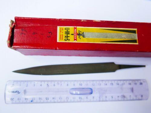 #64 Lime  feuille de sauge  UMAS   16 cm  grain 1