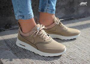 Nike Air Max Thea Brown