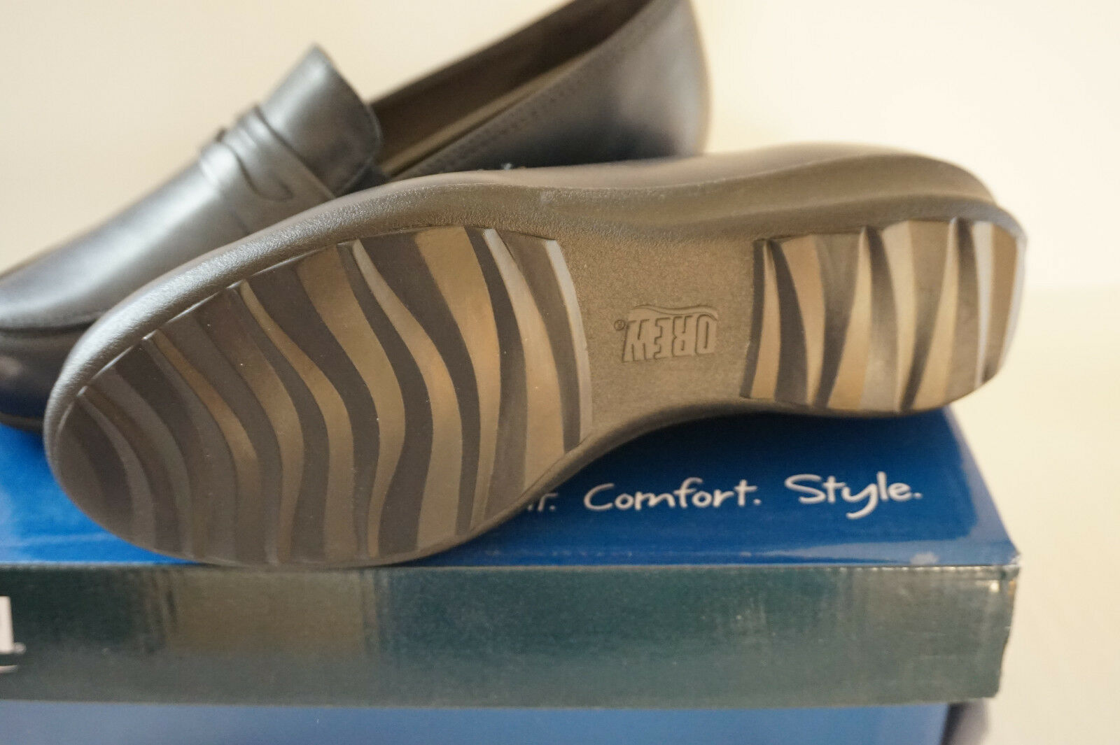 Drew Shoes Berlin Women's Therapeutic Diabetic Extra Depth Shoe 8.5 MSRP 144