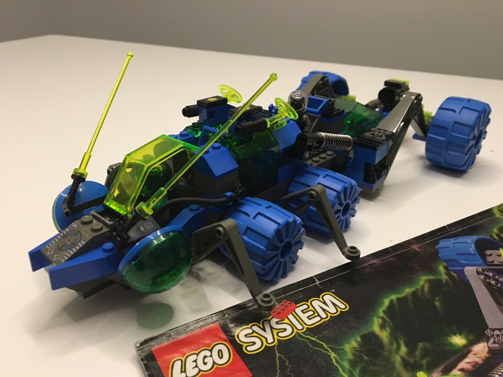 Vintage Lego 6919 Planetary Prowler System