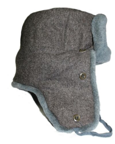 AUTHENTIC RUSSIAN SOVIET GREY MILITARY WINTER USHANKA HAT WITH BADGE! ALL SIZES