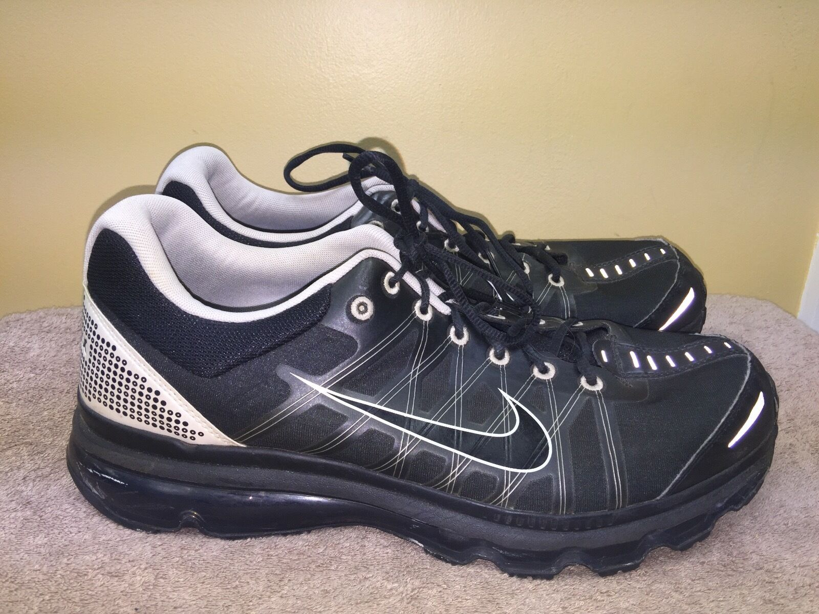 NIKE AIR MAX -BLACK-WHITE SIZE 14 [486978-010]  PRE-OWNED