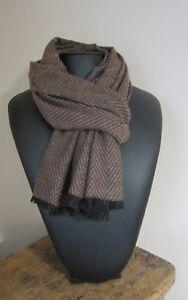Echarpe homme marron très chic motif chevron laine cachemire 190 X ... 2eb0c88cfcaa